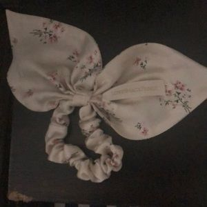 Love shack fancy bow hair tie light beige